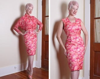 GORGEOUS 1950's 2 Piece Hourglass Silk & Silk Chiffon Hourglass Cocktail Dress and Matching Bolero in Vibrant Sea Shell Print - VLV - Size M