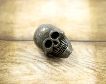 Metal Buttons - Skull Metal Buttons , Antique Silver Color , 2 Holes , 0.51 inch , 6 pcs