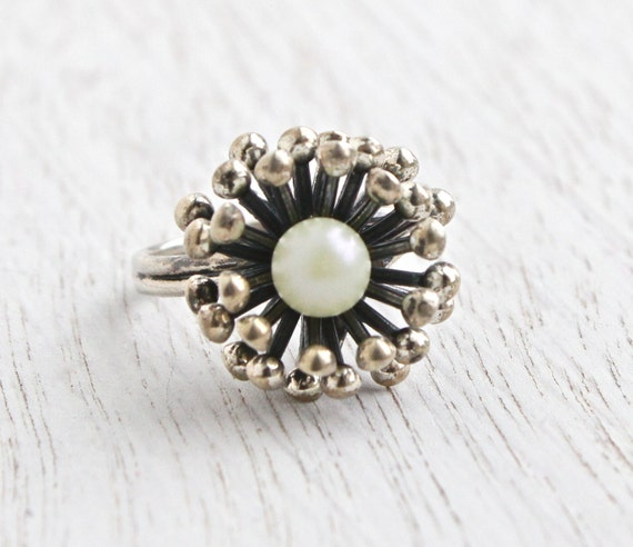 Vintage Sterling Silver Faux Pearl Flower Ring Retro 1960s