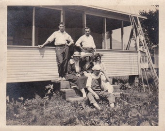Vintage Photo - Farmers on the Steps - Vintage Photograph (1B)