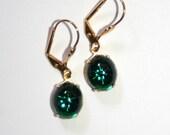 Vintage Petite swarovski Emerald green star brass dangle edwardian deco earrings