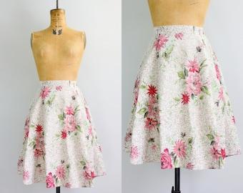 50s full skirt / 1950s rose print skirt / floral skirt small