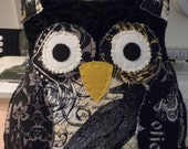 Nevermore Owl: stuffed handmade Owl, Halloween decor, goth,pillow pal, Edgar Allan Poe - AnimalCrackersbysue