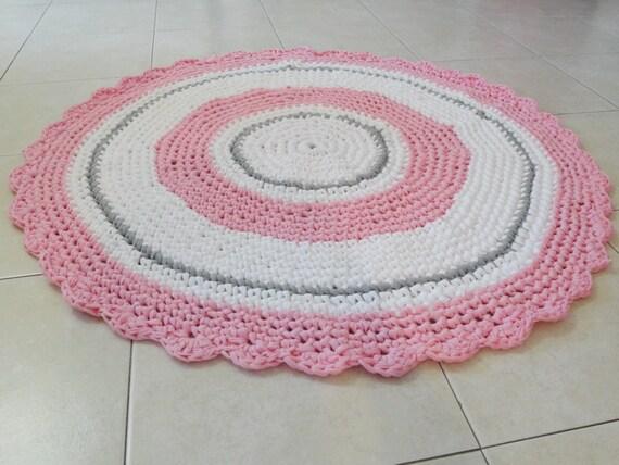Model Half Circle Doily Crochet Rug  Doormat  Bathroom Rug  Gray