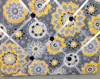 Allover Flowers in Bright Yellow and Light Grey on a Dark Grey Photo Memory Board
