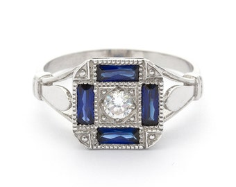 Diamond Baguette White Gold Antique Sapphire Engagement Ring in 18k White Gold