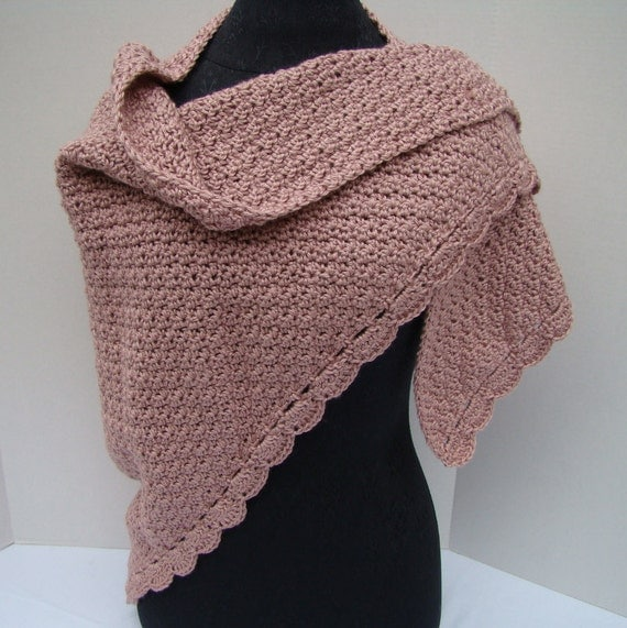 Dusty rose hand crocheted shawl with moss stitching and scallop edging