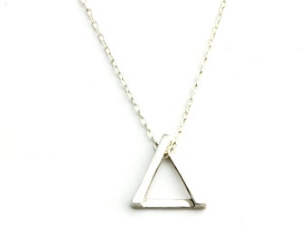 3 Points Tria Necklace - Silver
