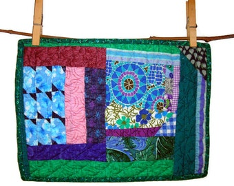 """Mid Century Modern Mosaic Medallion Mini Quilt, 20th c.Vintage Fabrics, Hand Quilted & Pieced,11""""(28cm) X 8""""(20cm),Free US Shipping"""