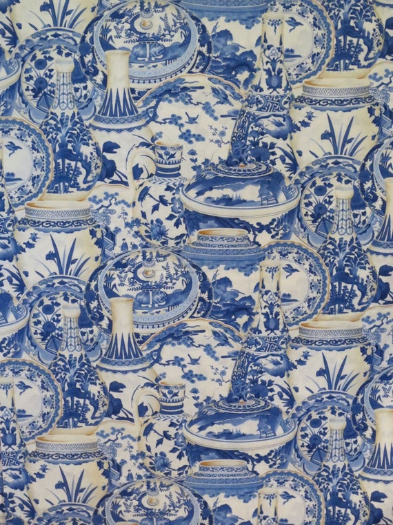 REMNANTBlue Willow Vase Print Pure Cotton Fabric From