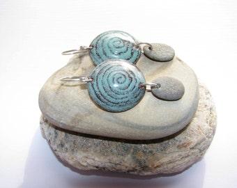 Spiral earrings, Swirl earrings, Earth Metalworks, Torch fired enamel on copper, dangle Earrings, Sgraffito beach stone earrings