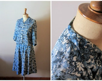 vintage 1940s light blue and white floral SKETCHES jacket and skirt set / 40s hand made suit