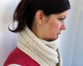 Knit Infinity Scarf Cowl Natural Off-White Ribbed Aran Soft Warm Luxury Alpaca