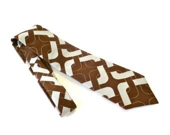 Vintage 1970s Brown and Silver Op Art Necktie … Harry Levin & Sons Tie, Geometric Tie, Chain Link Tie, Men's Tie, Wide Tie, American Hustle
