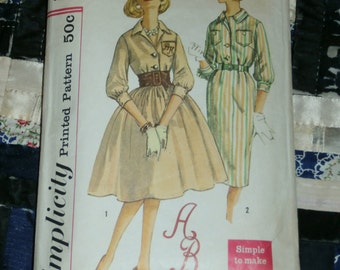 "Vintage 1960s Simplicity Dress Pattern 3091 with Monogram Transfer Size 12, Bust 32"", Waist 25"", Hip 34"""