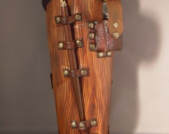 Wooden leather bracer - Scribe -