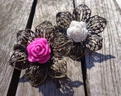 Brooch. Hairpin. Rose on filligree flower clip. In pink & white. Boho. Ibiza. Sweet. Love.