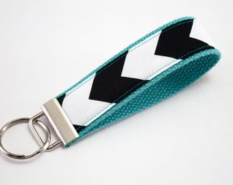 Fabric Chevron Key Fob, Keyfob, Keyfob wristlet, Key Chain, Key Holder, Key Fob Wristlet Keychain, Key fobs, Keyfobs-Black Chevron on Aqua