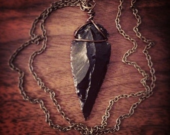 CALLISTO obsidian arrowhead necklace
