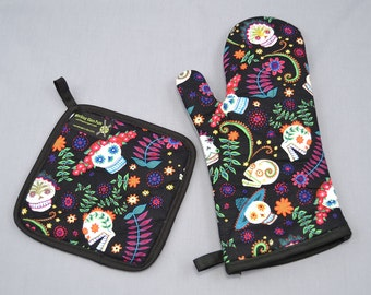 Day of the Dead Sugar Skulls Oven Mitt and Pot Holder, Sets and Singles