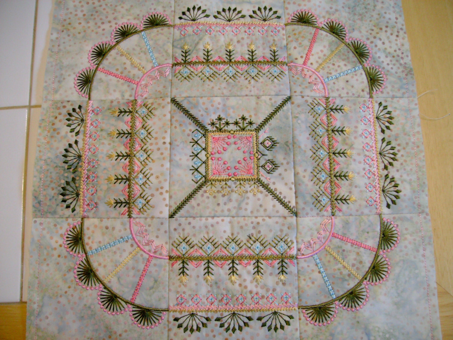 Machine embroidered quilt block crazy embroidery