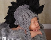 061c Mohawk Baby boy newborn size black and grey earflap punk hat. Great for photo prop.
