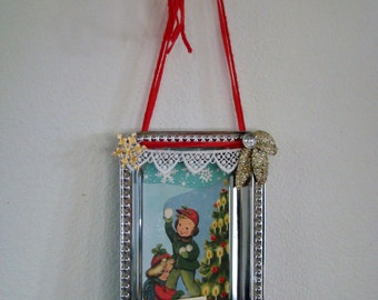Make It Merry christmas decoration- wall decor- for doorknob- gift
