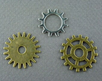 Choice 3 different GEARS Sprockets CHARMS PENDANTS 12pc antique bronze silver Steampunk Links Connectors