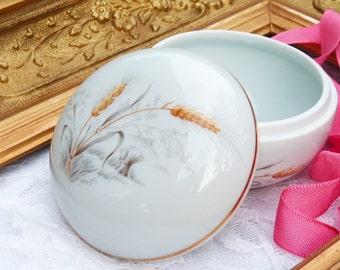 Lovely Limoges Porcelain Box. Jewelry Box. Decorated w Ear Of Corn. Porcelaine Le Trèfle. France. Home Decor