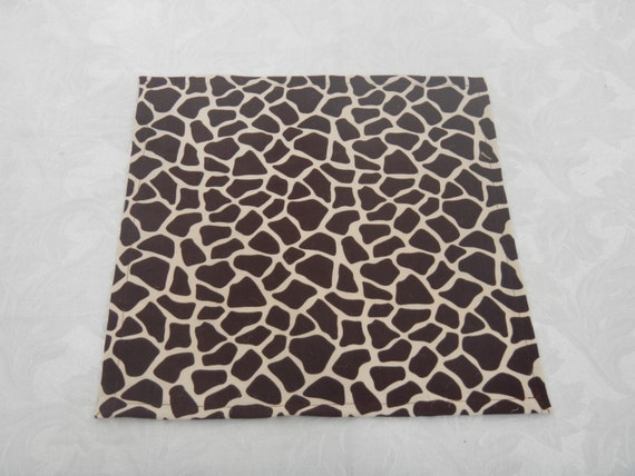 Giraffe Print Table Square, Ready to SHIP, Use for Party, Shower, Home Decor, Centerpiece Mat, Place Mat, Napkin