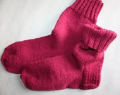 27 cm /// 10,6 inches Gorgeous Woolen Hand Knitted Socks - Perfectly keep heel - Unisex - US Men 9 /// US Women 10,5 /// EU 43