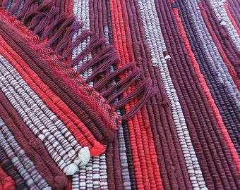 "Homespun Handwoven Rag Rug - burgundy/red/gray/black - 20"" x 33"""
