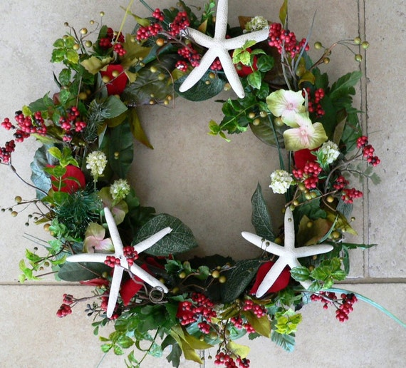 Do It Yourself Home Design: Beachy Christmas Starfish Wreath Or Centerpiece By