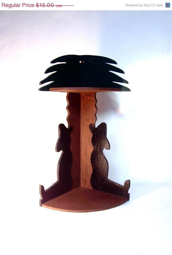 photo of Vintage Wooden Corner Shelf by umeone