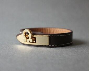 Gancini Metal Ornament Bracelet(Dark Brown)