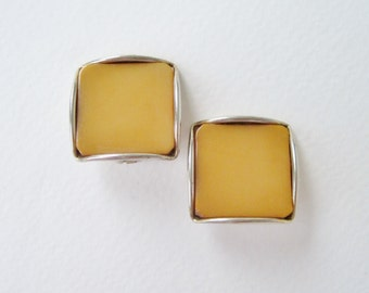 SALE 50 PERCENT Off Vintage Genuine BAKELITE Simichrome Tested Gold Tone Square Yellowish Brown Camel Spicy Mustard Clip On Earrings