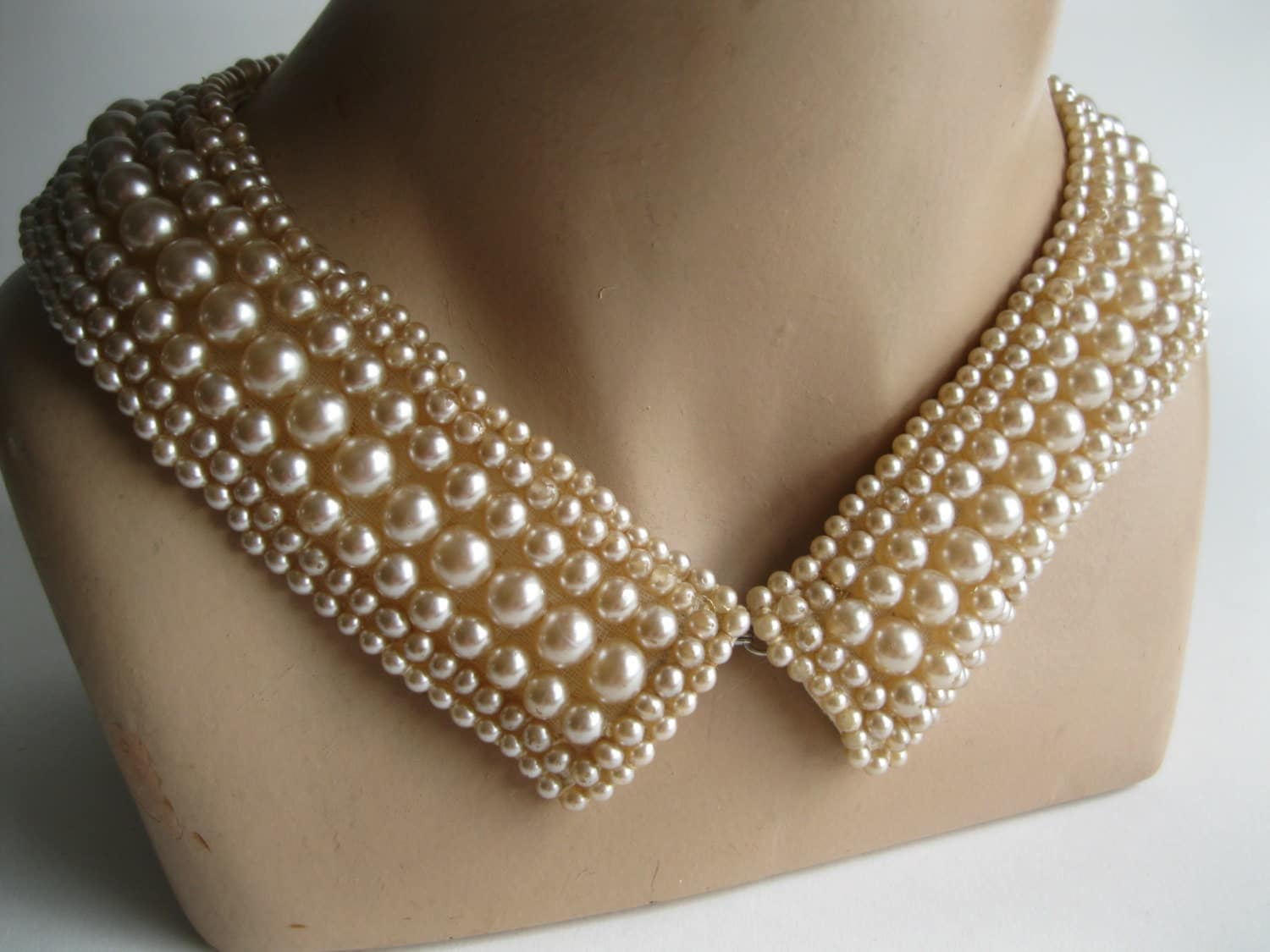 Vintage 1950s Beaded Collar Necklace Faux Pearl Winter