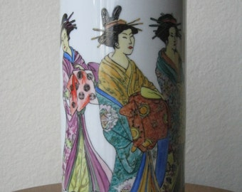 Japanese Geishas - Porcelaine vase - Handpainted according to the Limoges technique