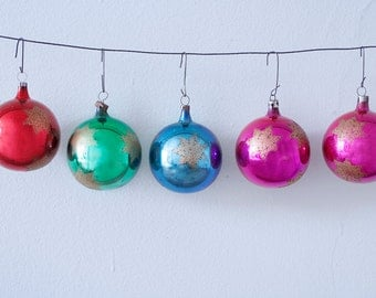 Beautiful Set of 5 Christmas Glass Ornaments With Gold Stars