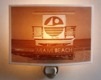 South beach  nightlight - Lifeguard stand on 5th street