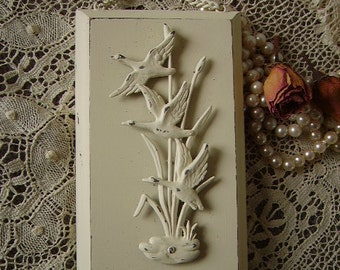 Shabby Cottage, Vintage Painted, Ducks in cattails, Petite Wall Hanging, Creamy white, distressed