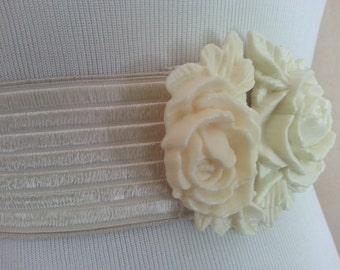 Vintage Elastic White Rose Gardenia Waist Belt