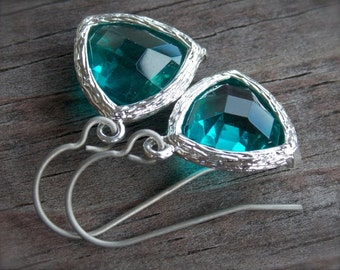 Titanium Earrings, Agua Drop Crystals with Hypoallergenic Titanium Ear Wires, Teal