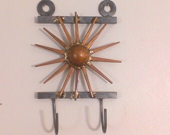 Sunburst Brazed Nail Key Holder