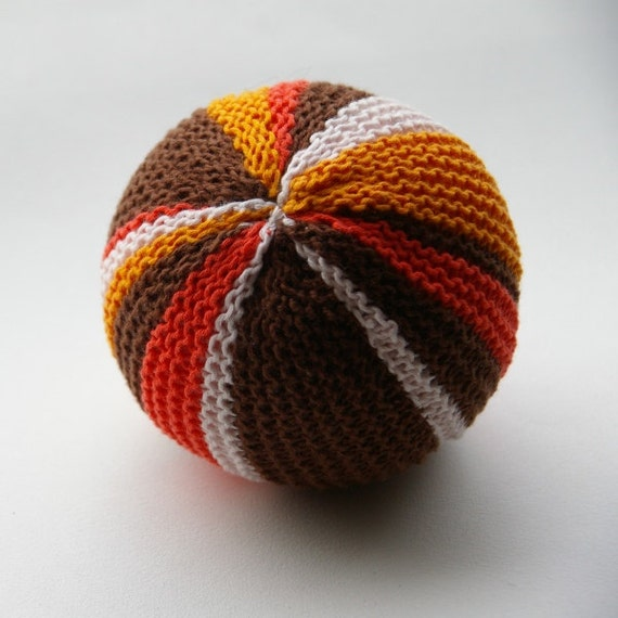 Knitting Patterns For Toy Balls : Knitted baby toddler soft toy ball with bell. by BlumeAndJensen