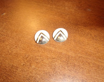 vintage clip on earrings white gold lucite