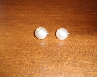 vintage clip on earrings white circles dots