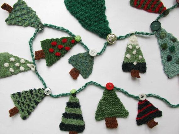 Christmas Tree Advent Garland Knitting Pattern