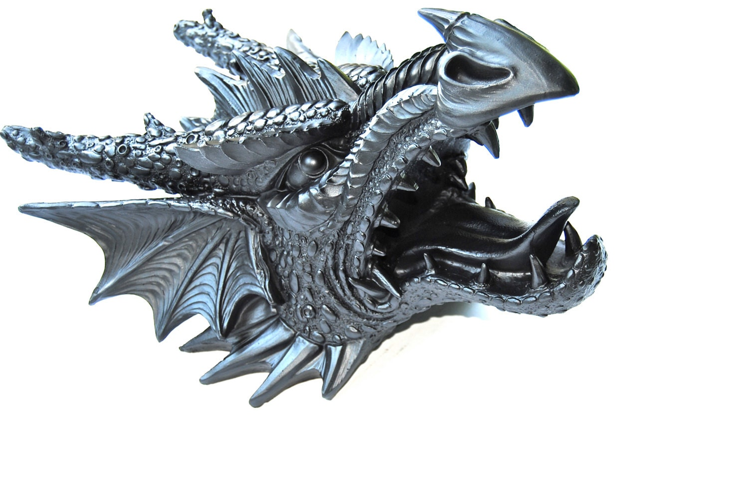 Black Dragon Head Wall Mount Faux Taxidermy Dr17