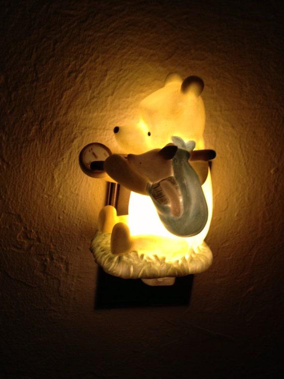 Vintage Winnie The Pooh Ceramic Night Light Signed Disney